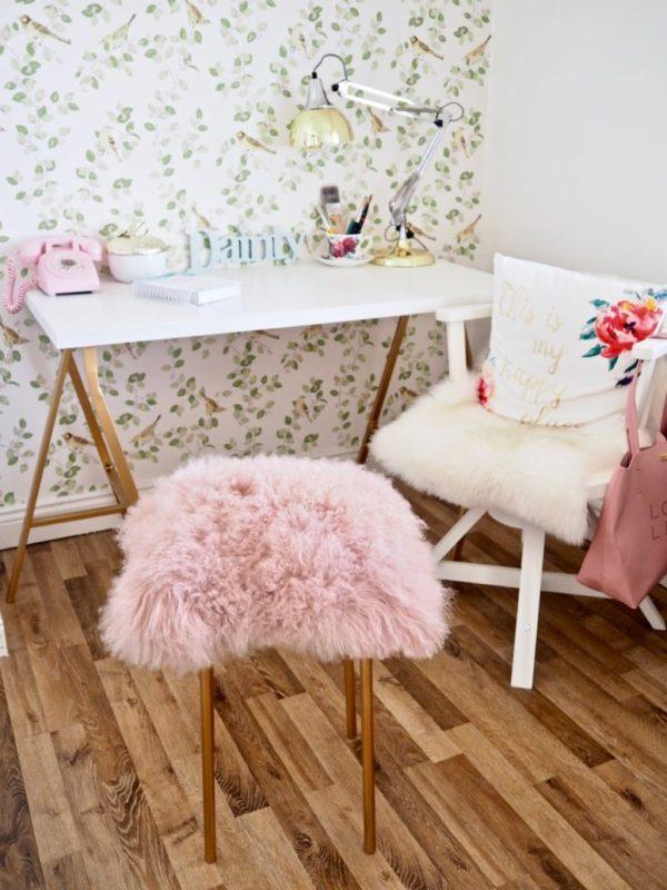 DIY ikea faux fur stool