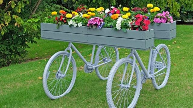 DIY Creative bicycle planter