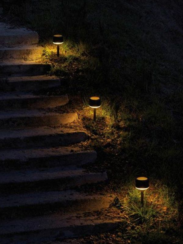 how to install garden lights