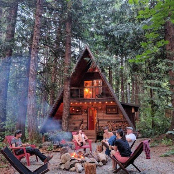 DIY wood outdoor cabin