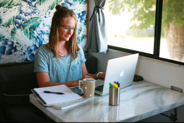 OFF-GRID WORKING OFFICE