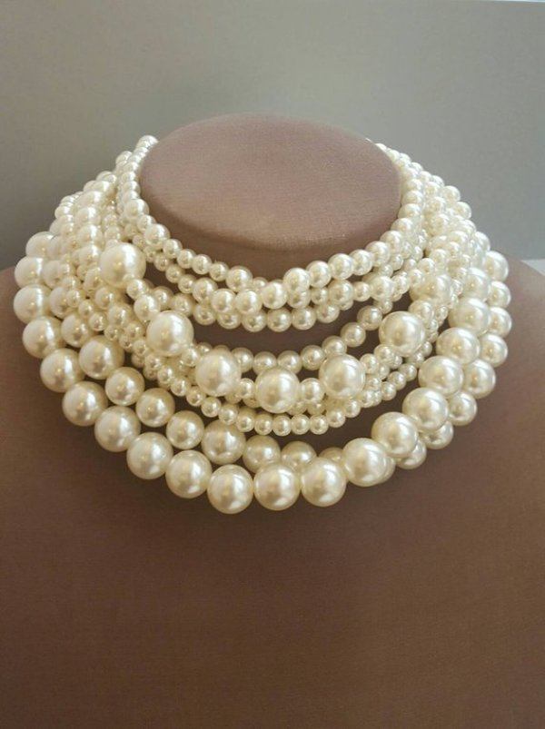 Craft your own pearl necklace