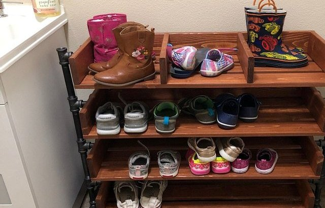 DIY Reclaimed Wood Shoe Organizer