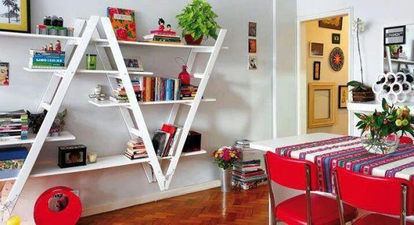DIY inverted ladder bookshelf