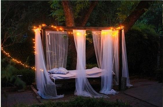Romantic Outdoor Swing Bed