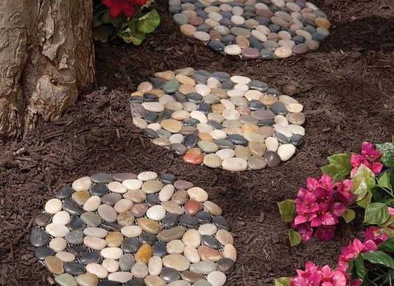 DIY pebbles stepping ideas