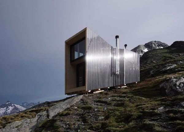 exterior of off grid cabin