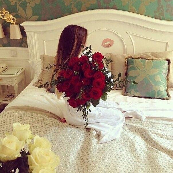 flower bouquet bedroom