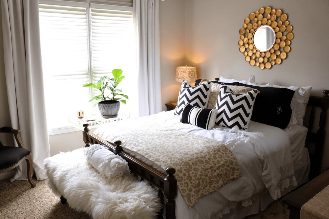 How to Decorate Guest Bedroom On Your Own