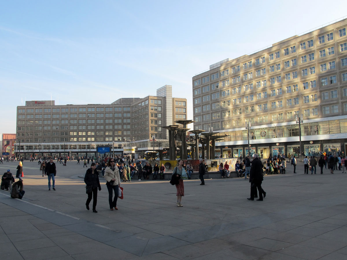 The Alexanderhaus (left) and Berolinahaus