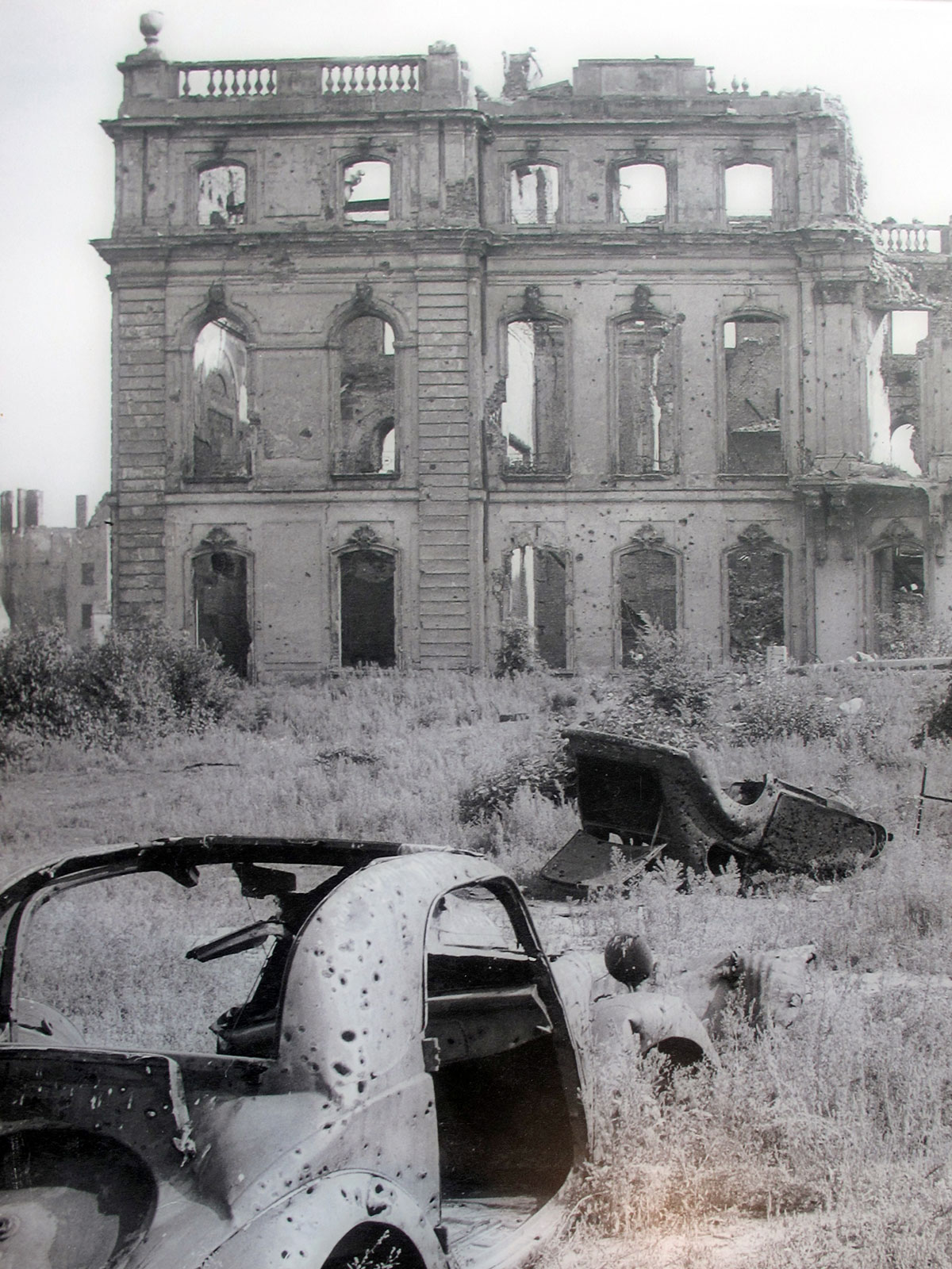 The SS Headquarters in Ruins (The former Prinz Albrecht Palais)