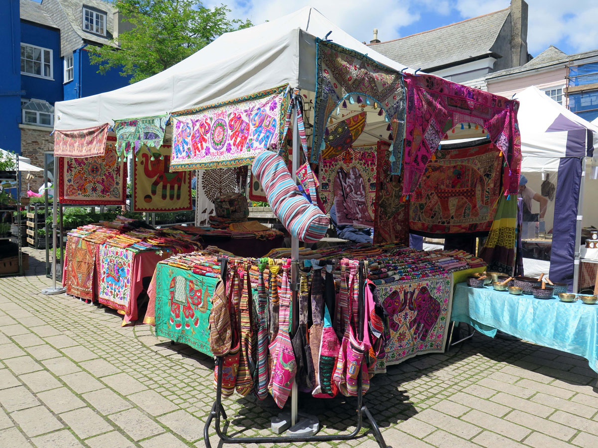 07-Market-Stall