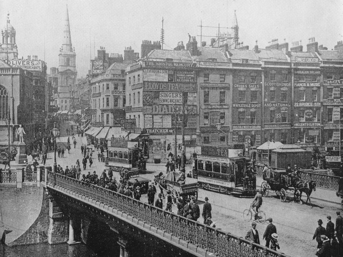 Bristol Bridge with Christ Church at the top of High Street in 1901