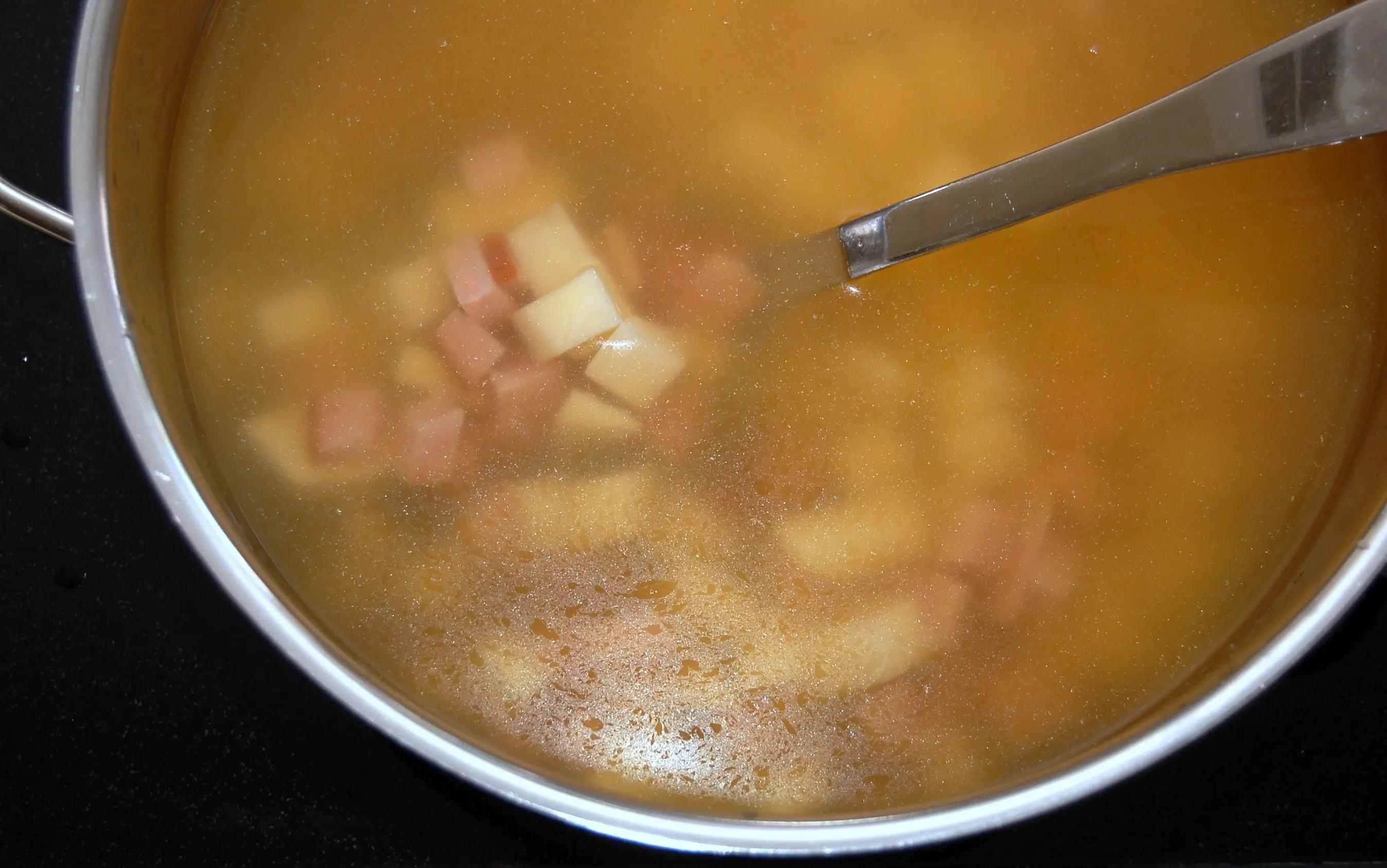Easy Potato, Leek and Ham Soup