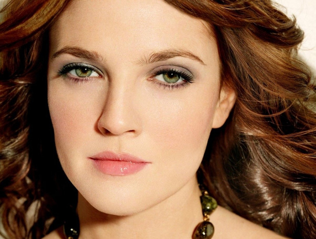 Best Hair Color For Hazel Eyes With