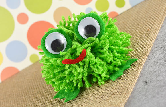 Pom Pom Frog Pom Pom Crafts Easy Peasy And Fun