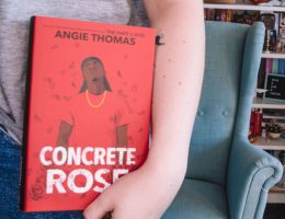 Angie Thomas Rezension