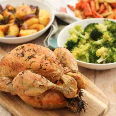 Classic Roast Chicken and Homemade Gravy