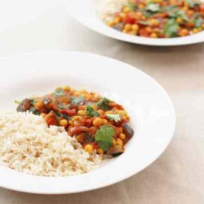 Quick Aubergine and Chickpea Curry (Vegan)