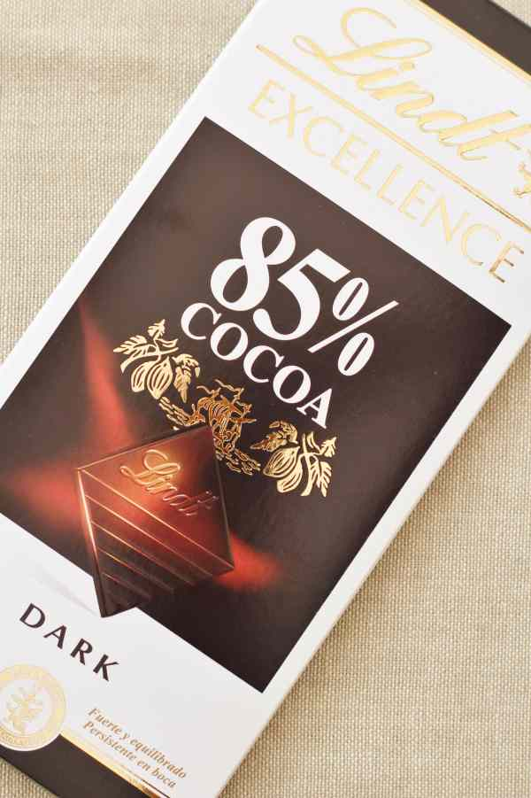 Lindt 85% Dark Chocolate for the Sirtfood Diet