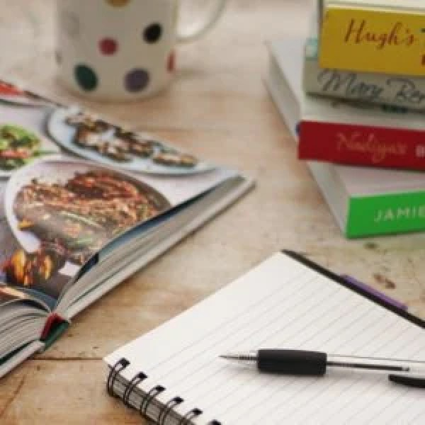 Think meal planning is a waste of time? Think again! Meal planning can save you time and money, be better for your health AND SO MUCH MORE. Read on for 20 Reasons Why You Need To Start Meal Planning…