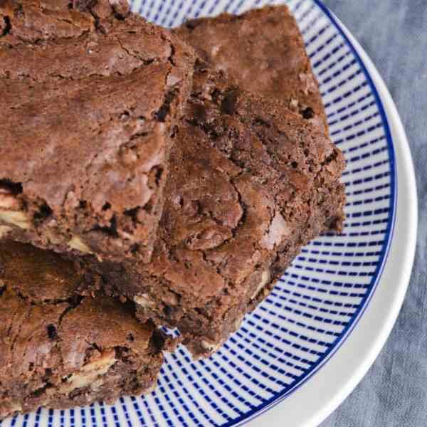 Chocolate and Pecan Brownies