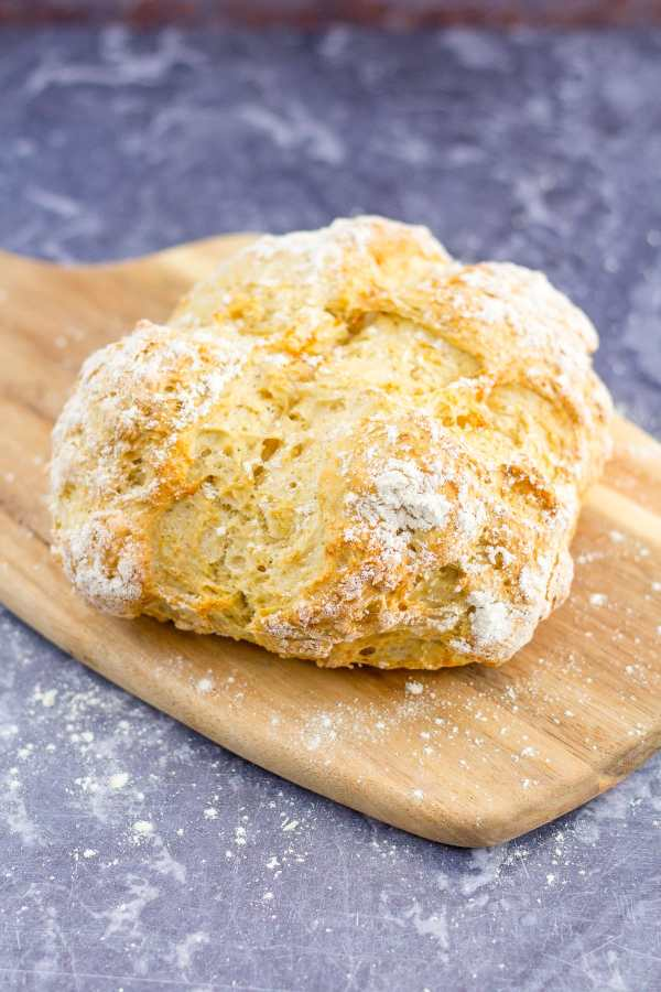Easy White Soda Bread