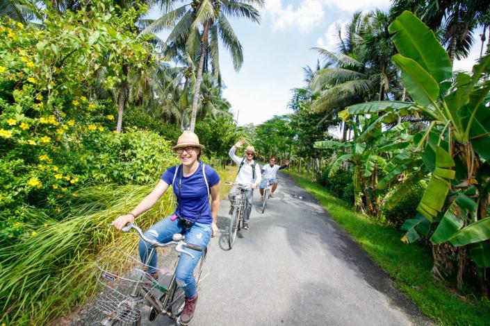 Start in Mui Ne en verken de Mekong Delta