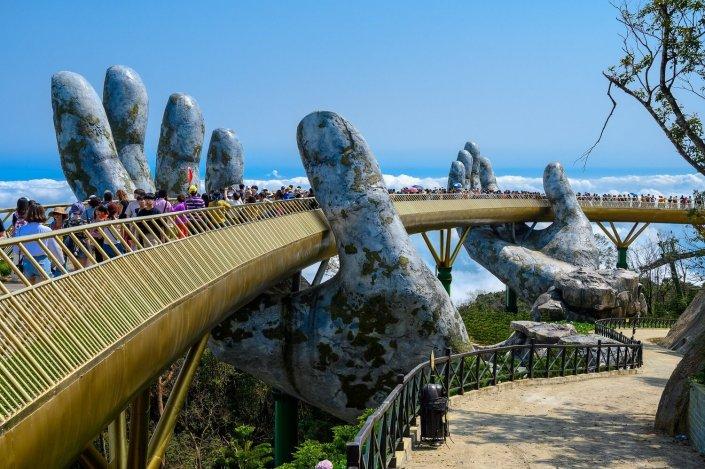 Bezoek de Golden Bridge vanaf Hoi An