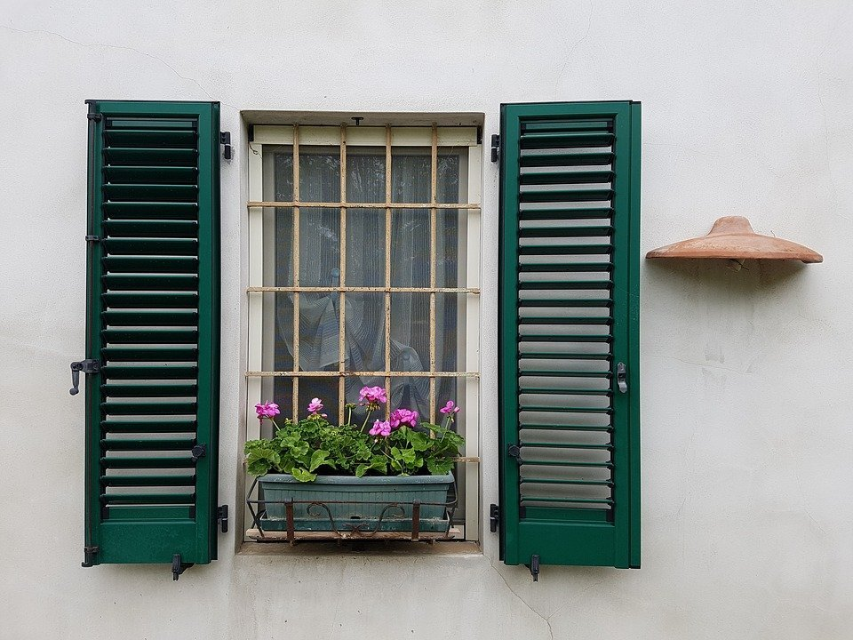 Quanto costa installare grate di sicurezza per finestre e porte terza e ultima parte - Sbarre per porte e finestre ...