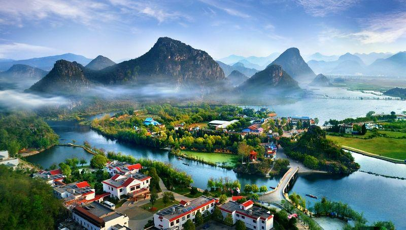family tour in Yunnan