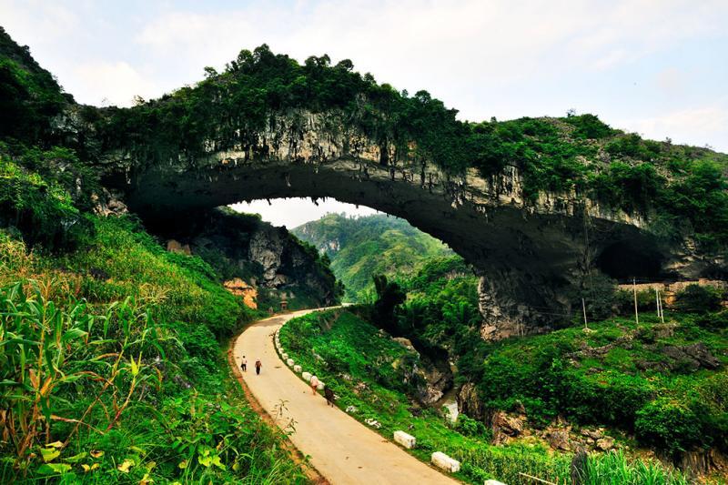 Guangxi tours in April