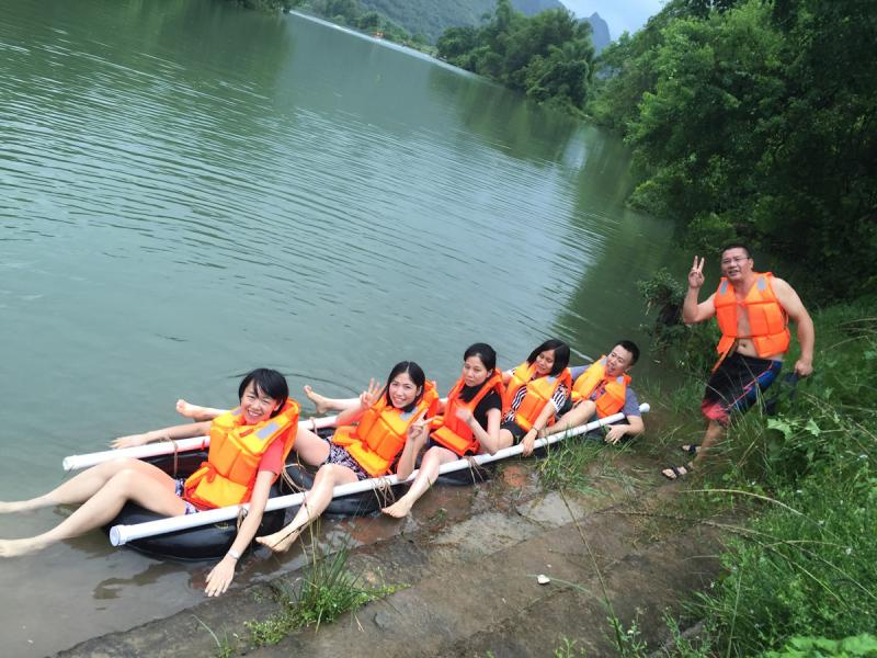 The water-friendly activities on Yulong River Yangshuo