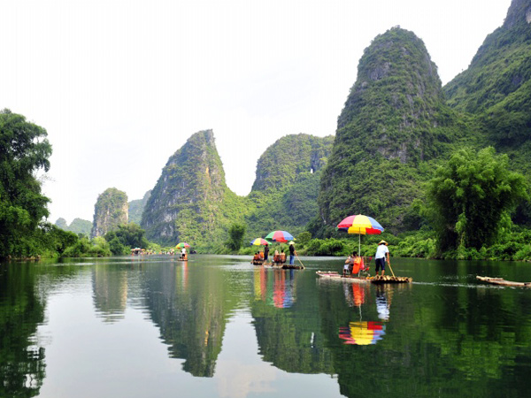Yangshuo Bamboo Rafting, Guilin China