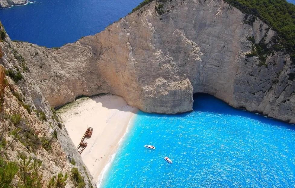 Zakynthos_island_Greece_Navagio_beach