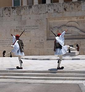 Atenas Grecia El Evzones Monumento Soldado Desconocido Turquía Grecia Estambul Atenas