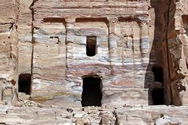 Petra_Jordan_Silk_Tomb