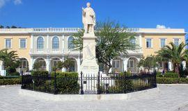 Isla de Zakynthos Grecia Dionysios Solomos estatua