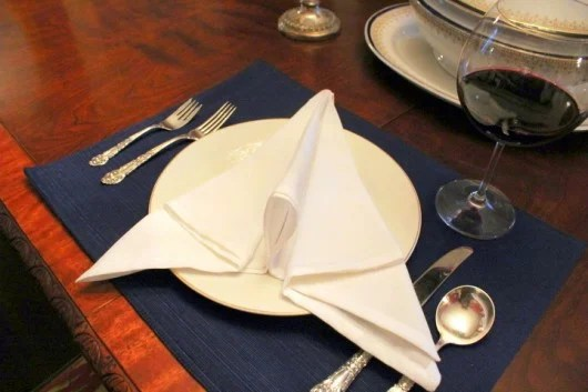 7 Easy Ways To Fold Napkins