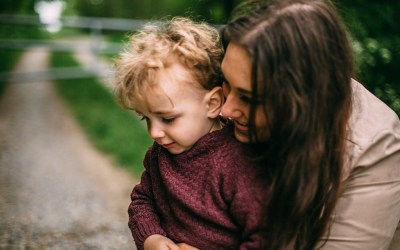 EAS 072: How to Breastfeed When Your Child Has a Cow's Milk Protein Allergy with Lauren Gordan (Dilan & Me)