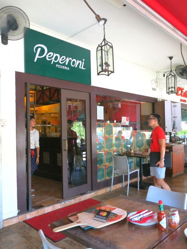 Peperoni Pizzeria at Greenwood Avenue