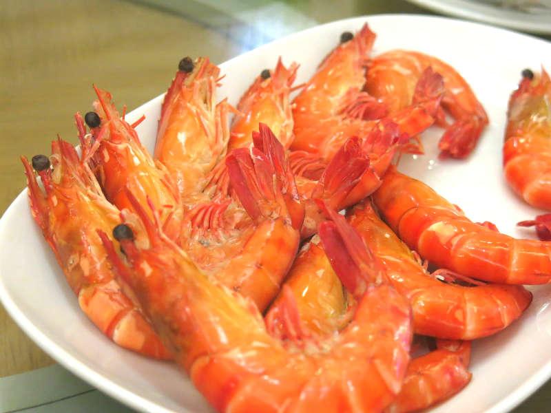 Resort Seafood Sauna Live Prawns with Genting Pu-Erh Tea