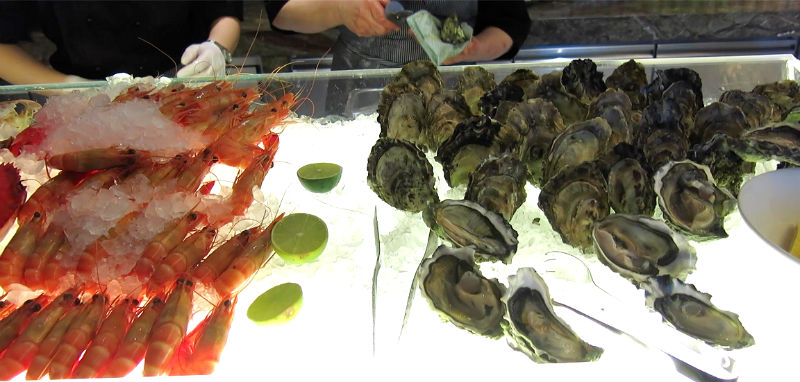 Seasonal Tastes Westin Prawns and Oysters