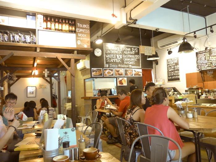 Tolido's Espresso Nook Ambience
