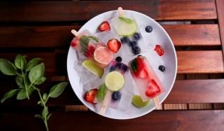 Gesunde Snacks: Kokoswasser-Popsicles