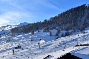 Freizeitaktivität: Ski
