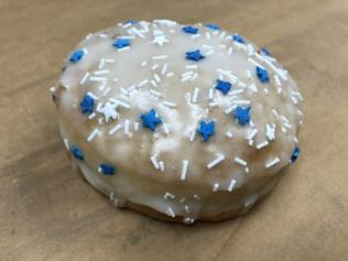 Hanukkah Donut_Trejos_EatDrinkLA