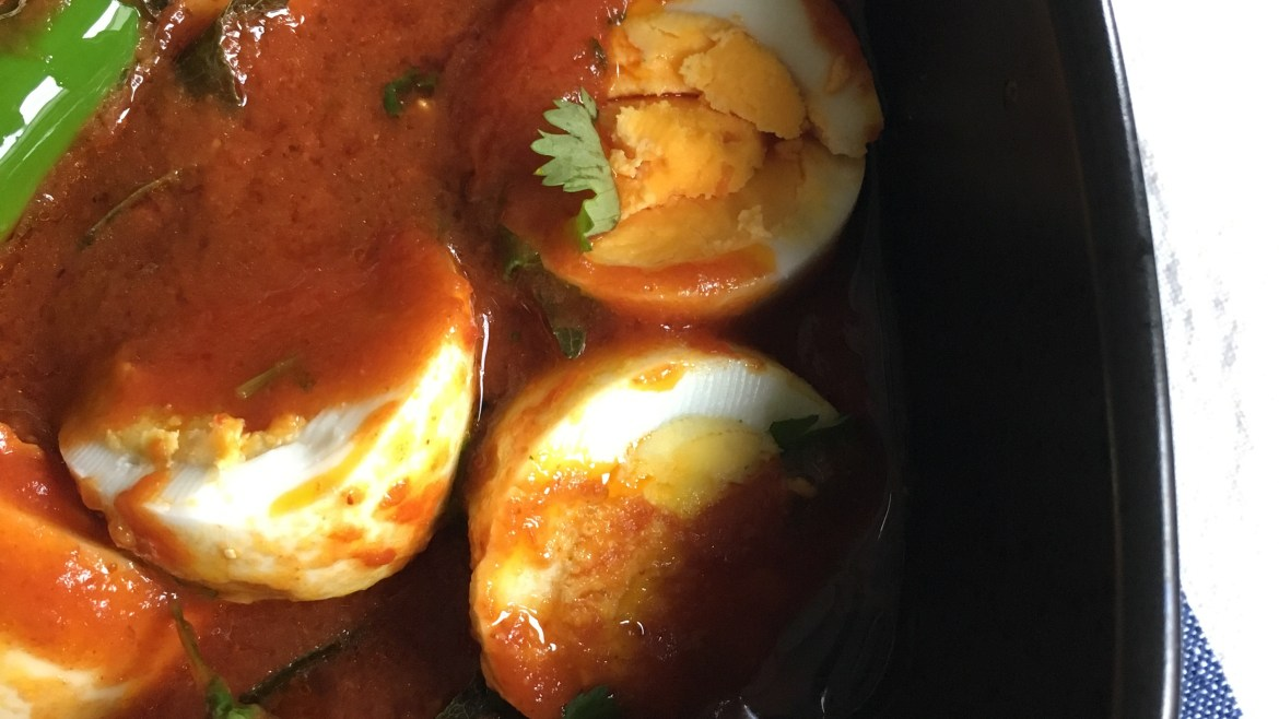 Quick and Easy Egg Curry