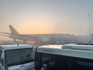 Etihad Business Class EY22 MAN AUH 777-300ER_22_AUH fog
