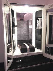 Etihad A380 First Class Apartment: Wardrobe